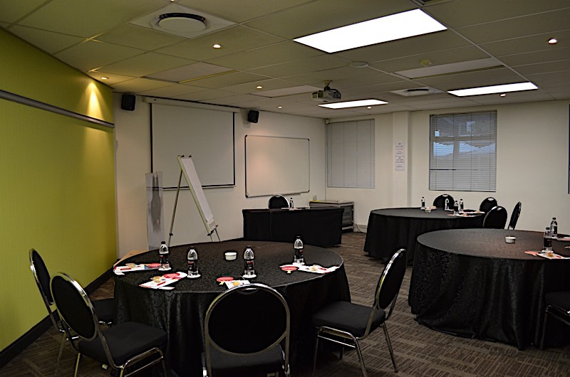 Saturn - Training Room | Focus Rooms Conference & Event Venue