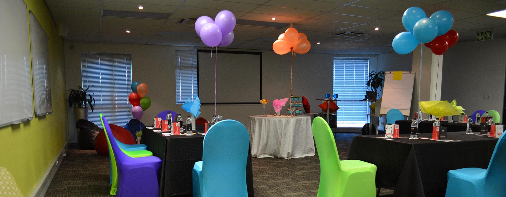 Neptune Room - Breakfast Meetings and Year-End Functions   Focus Rooms