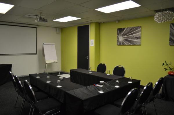 Mercury U-Shape Setup - Sandton Meeting Room | Focus Rooms